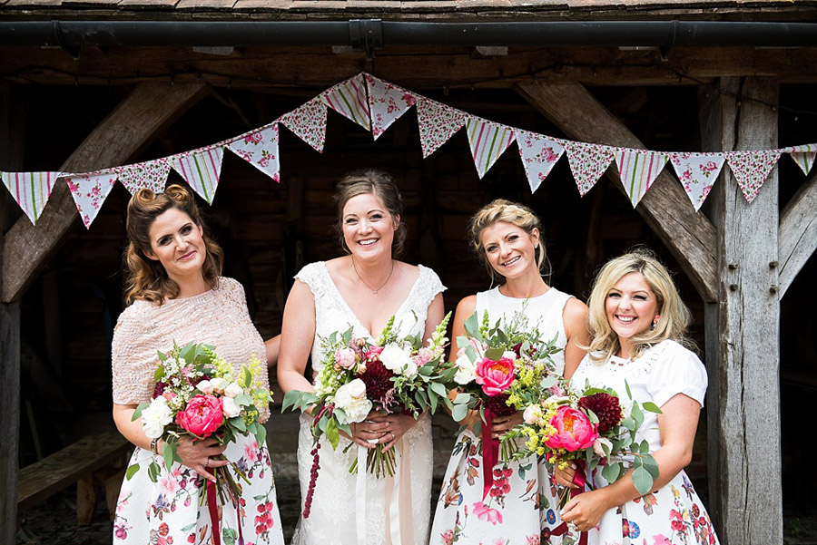 Get the best out of your wedding photos during the ceremony & reception, image credit Fiona Kelly Photography (2)