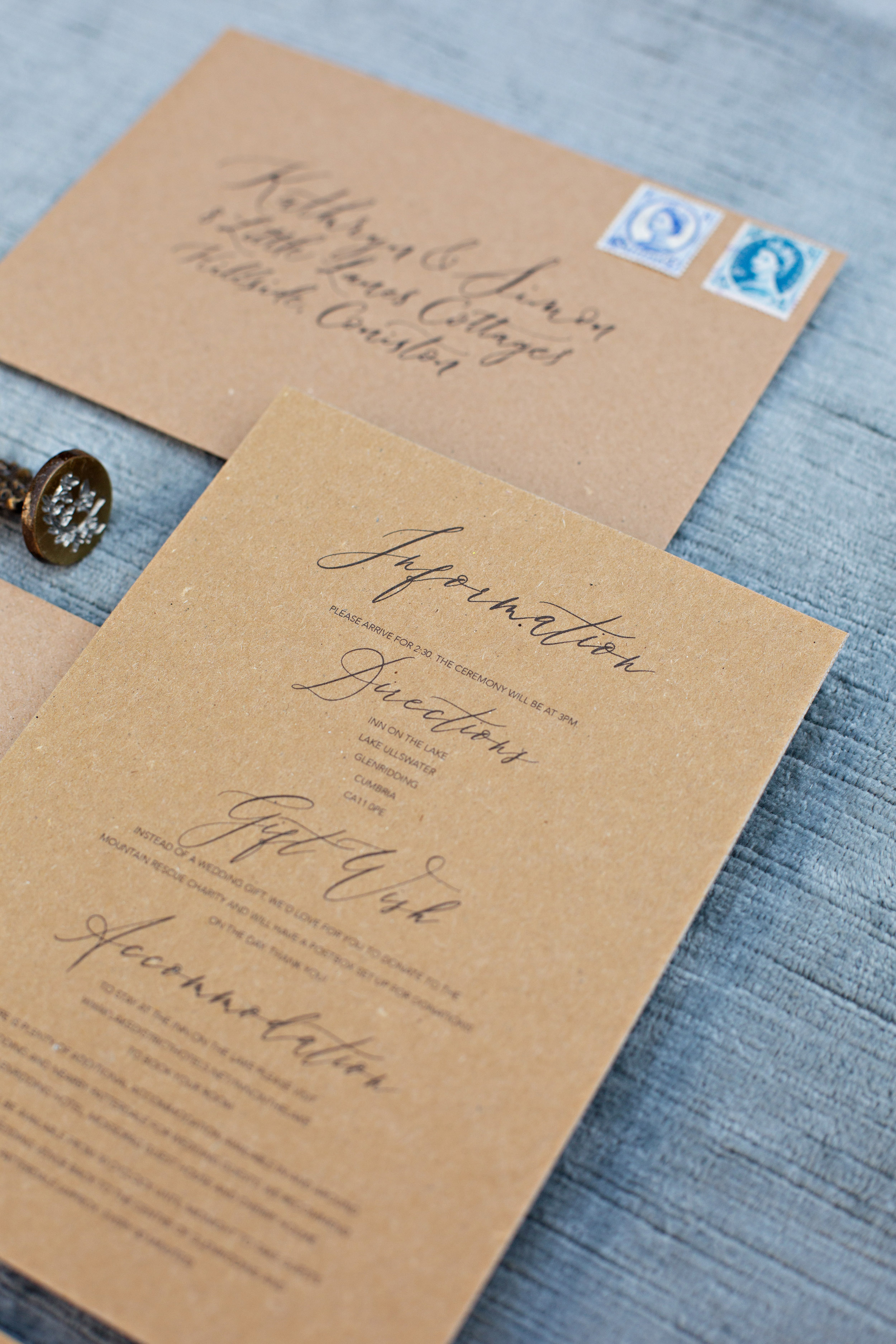 Rustic elegance sustainable wedding stationery from By Moon and Tide Calligraphy, photography credit Jess Reeve (7)