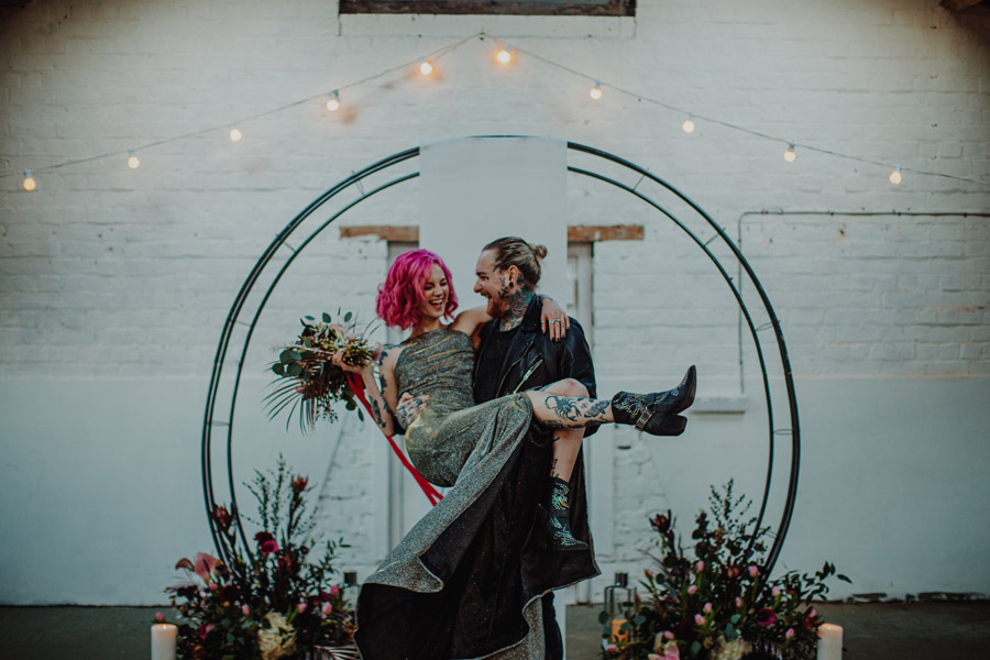 Alternative Monochrome wedding inspo at White Syke Fields with Alt Wedding Co (23)
