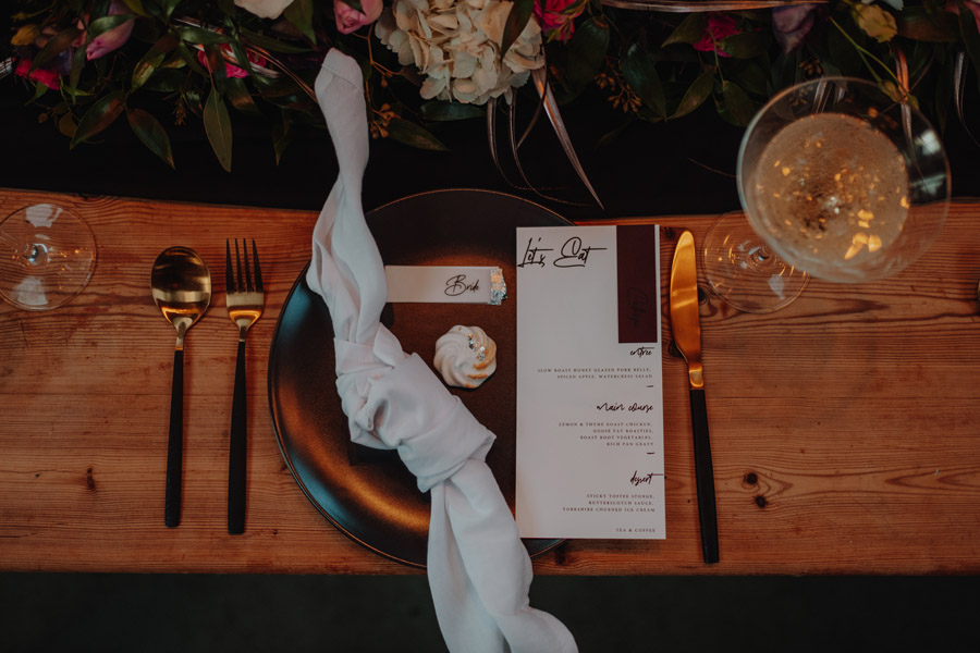 Alternative Monochrome wedding inspo at White Syke Fields with Alt Wedding Co (10)