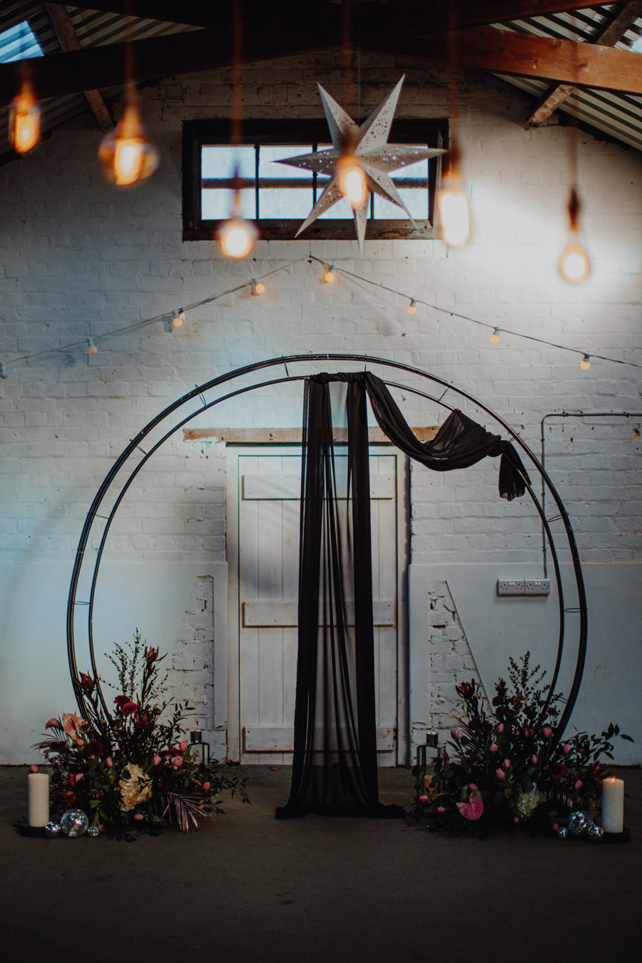 Alternative Monochrome wedding inspo at White Syke Fields with Alt Wedding Co (45)