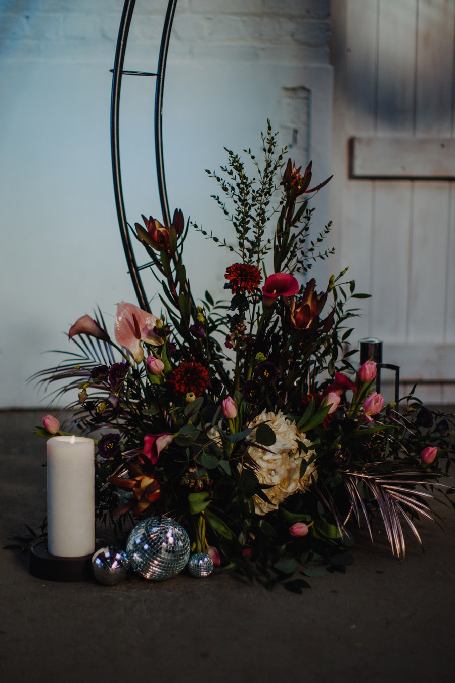 Alternative Monochrome wedding inspo at White Syke Fields with Alt Wedding Co (44)