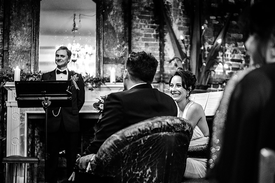 Mike & Khiley's sophisticated and FUN black tie wedding at Brunswick House, with Oliver Holder Photography (16)