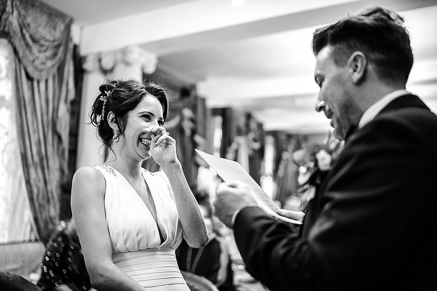 Mike & Khiley's sophisticated and FUN black tie wedding at Brunswick House, with Oliver Holder Photography (20)