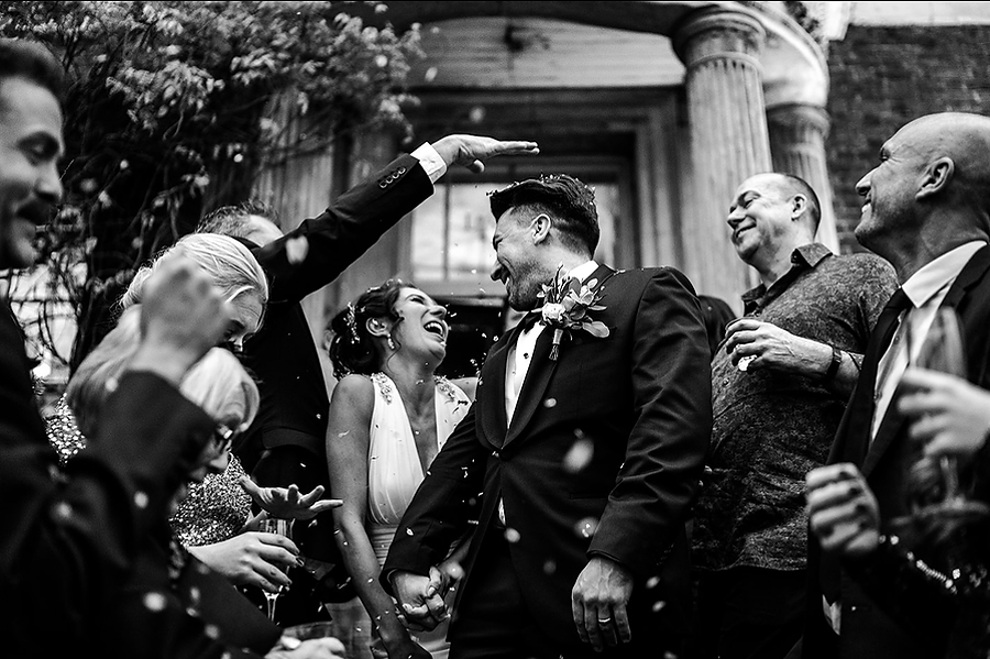 Mike & Khiley's sophisticated and FUN black tie wedding at Brunswick House, with Oliver Holder Photography (34)