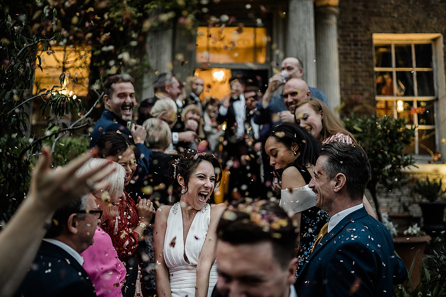 Mike & Khiley's sophisticated and FUN black tie wedding at Brunswick House, with Oliver Holder Photography (35)