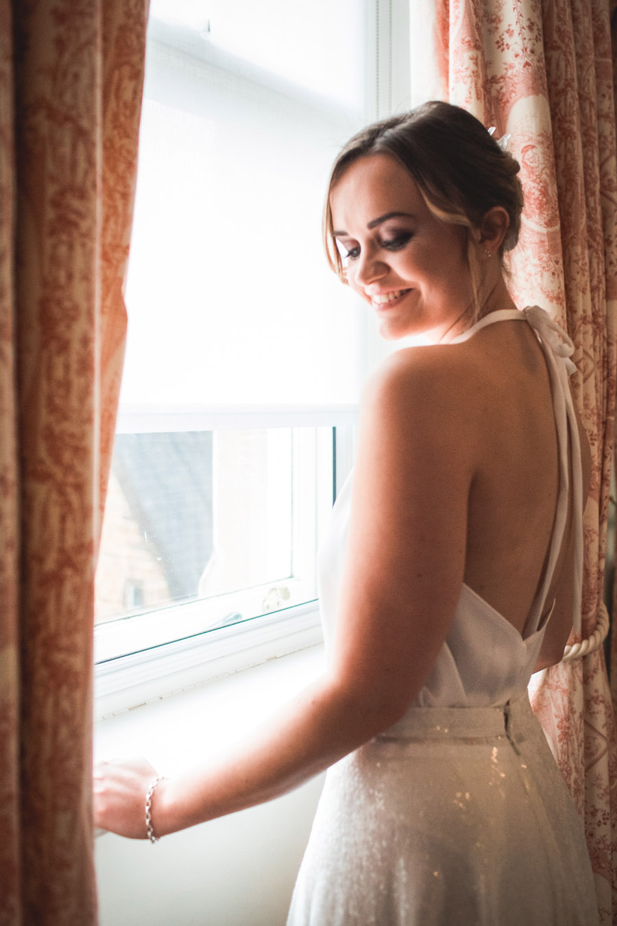 Elegant and timeless wedding style with a contemporary twist, photography by shootitmomma.co.uk (21)