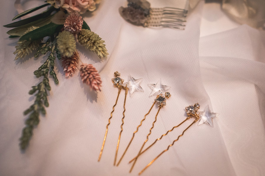 Elegant and timeless wedding style with a contemporary twist, photography by shootitmomma.co.uk (24)