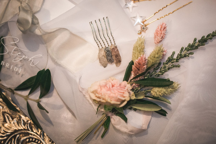 Elegant and timeless wedding style with a contemporary twist, photography by shootitmomma.co.uk (25)