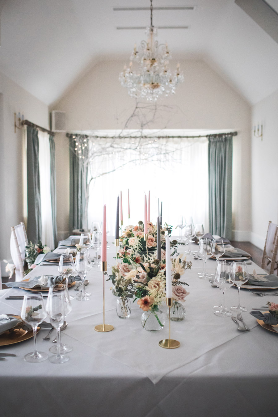 Elegant and timeless wedding style with a contemporary twist, photography by shootitmomma.co.uk (26)