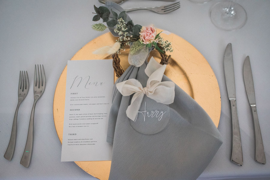 Elegant and timeless wedding style with a contemporary twist, photography by shootitmomma.co.uk (9)