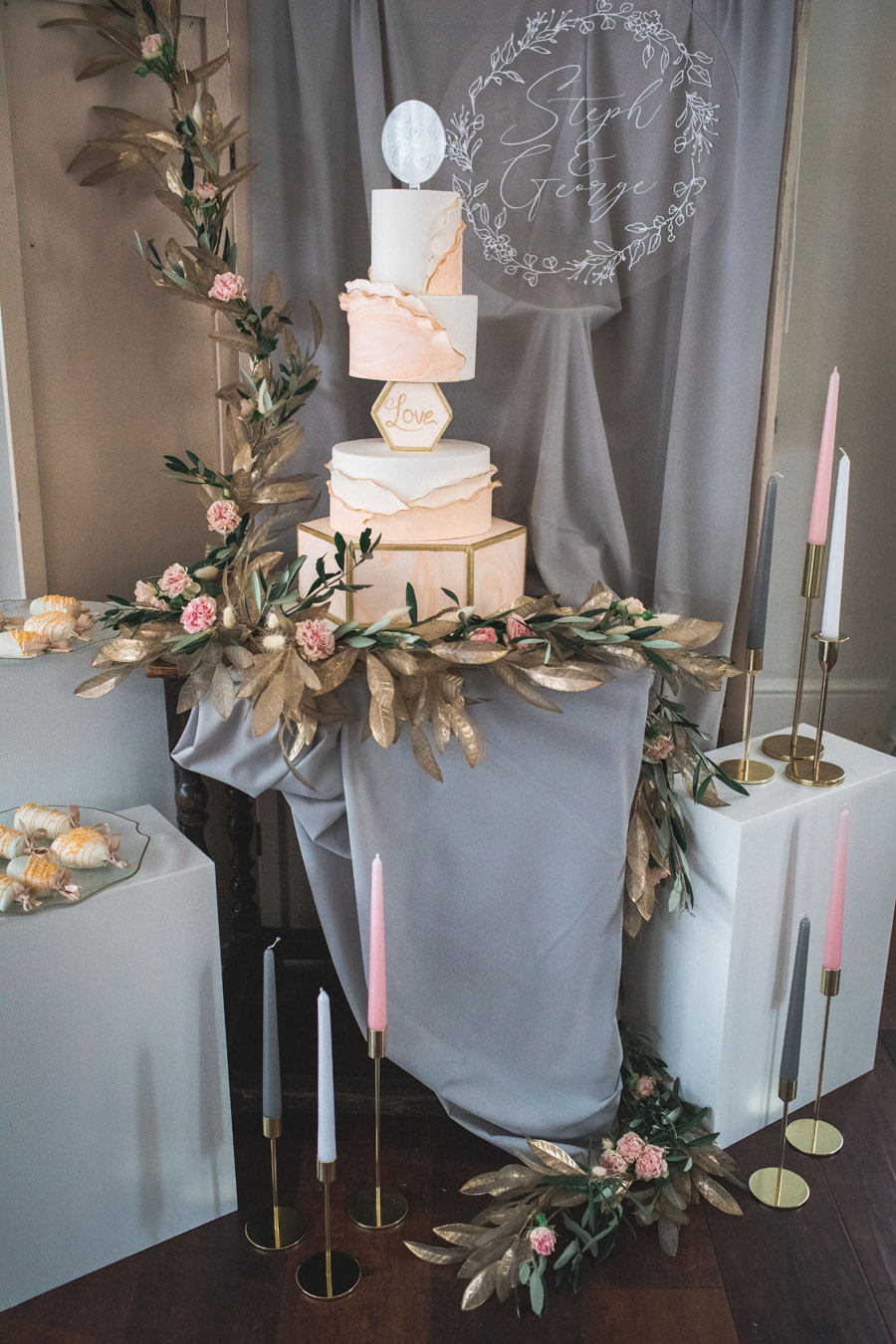 Elegant and timeless wedding style with a contemporary twist, photography by shootitmomma.co.uk (15)