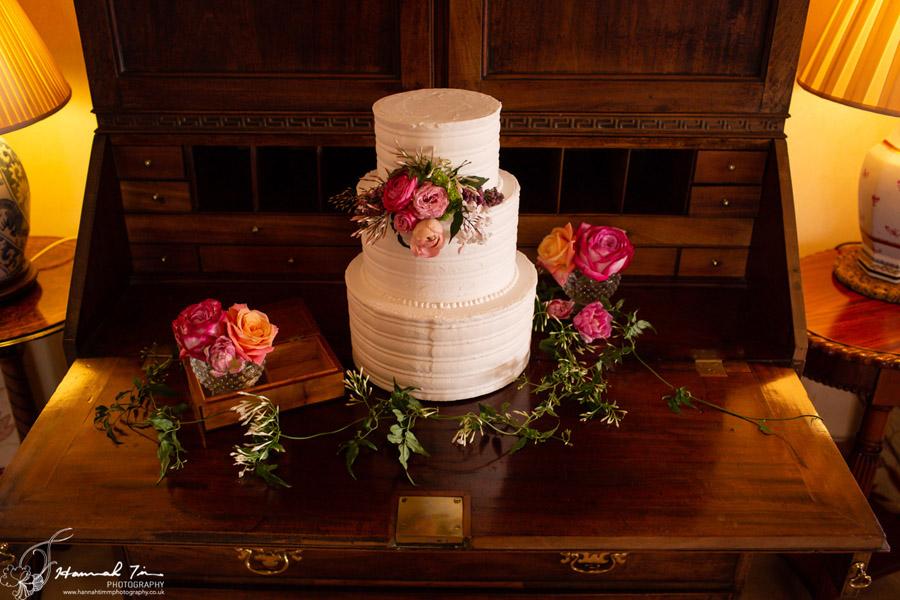Fabulous spring colour for an Old Church Farm wedding! Photography credit Hannah Timm (33)