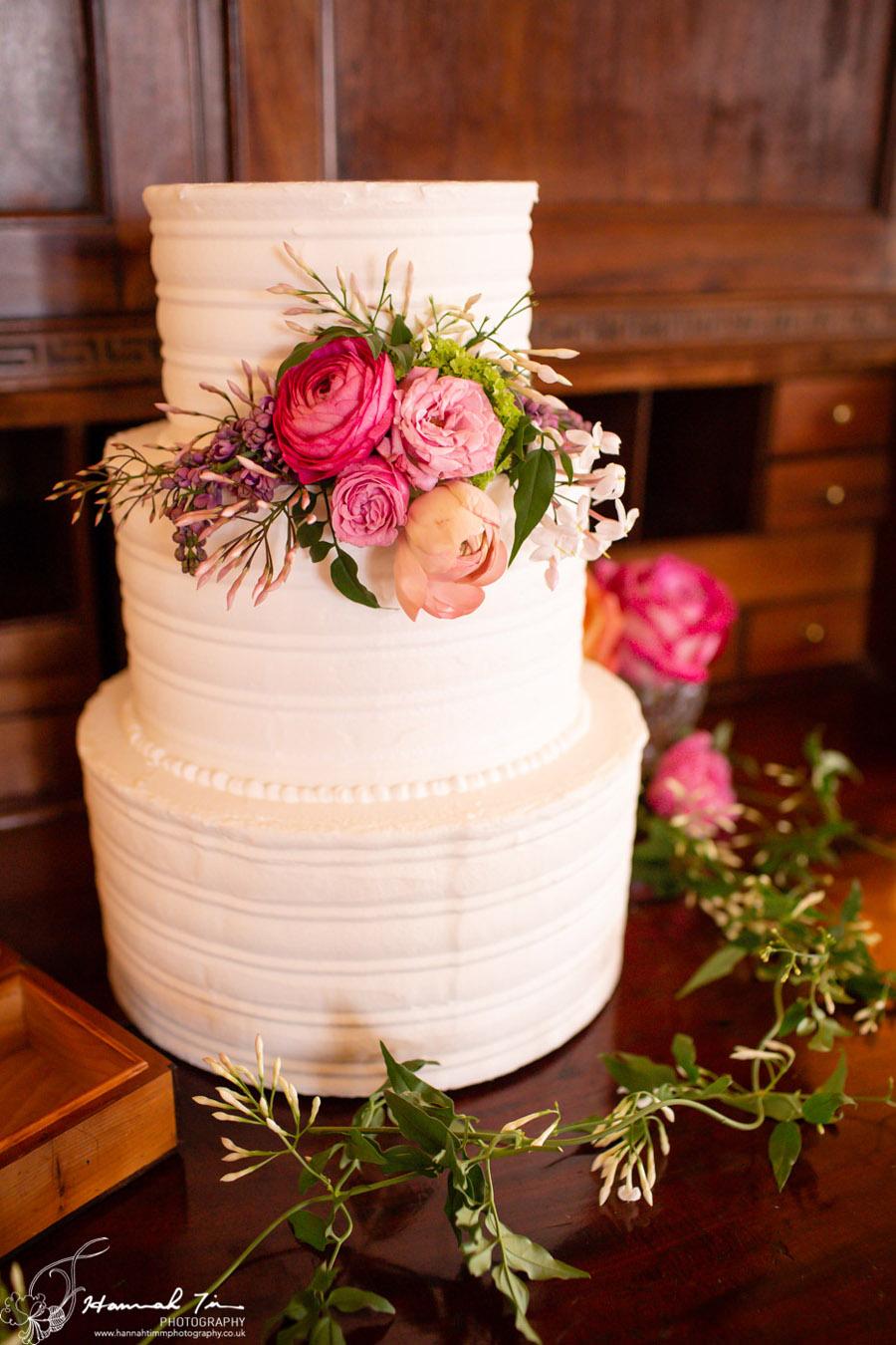 Fabulous spring colour for an Old Church Farm wedding! Photography credit Hannah Timm (35)