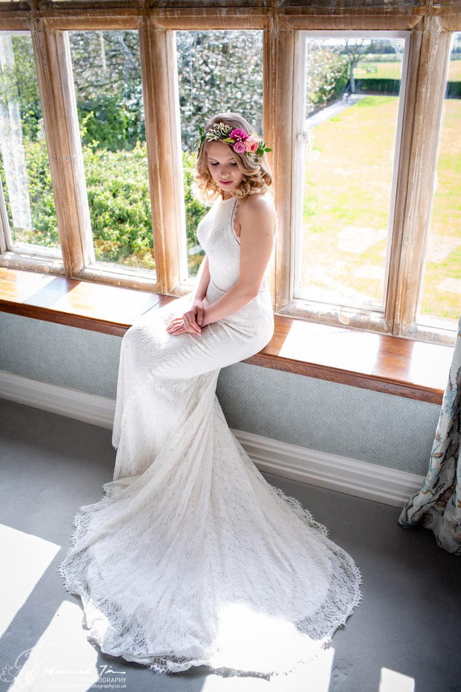 Fabulous spring colour for an Old Church Farm wedding! Photography credit Hannah Timm (5)