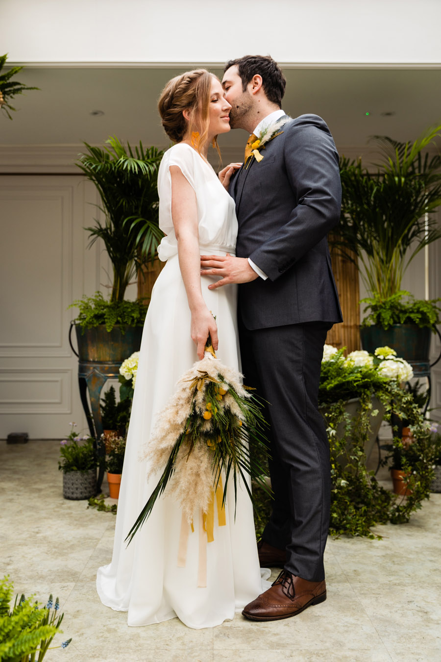 Sustainably stunning - eco wedding inspiration from Hayne House and Green Union (9)