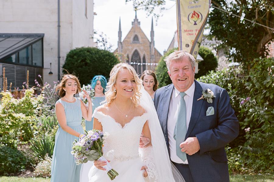 Katie & Jonathan's elegant rustic Unitarian Chapel wedding, with Jennifer Jane Photography (7)