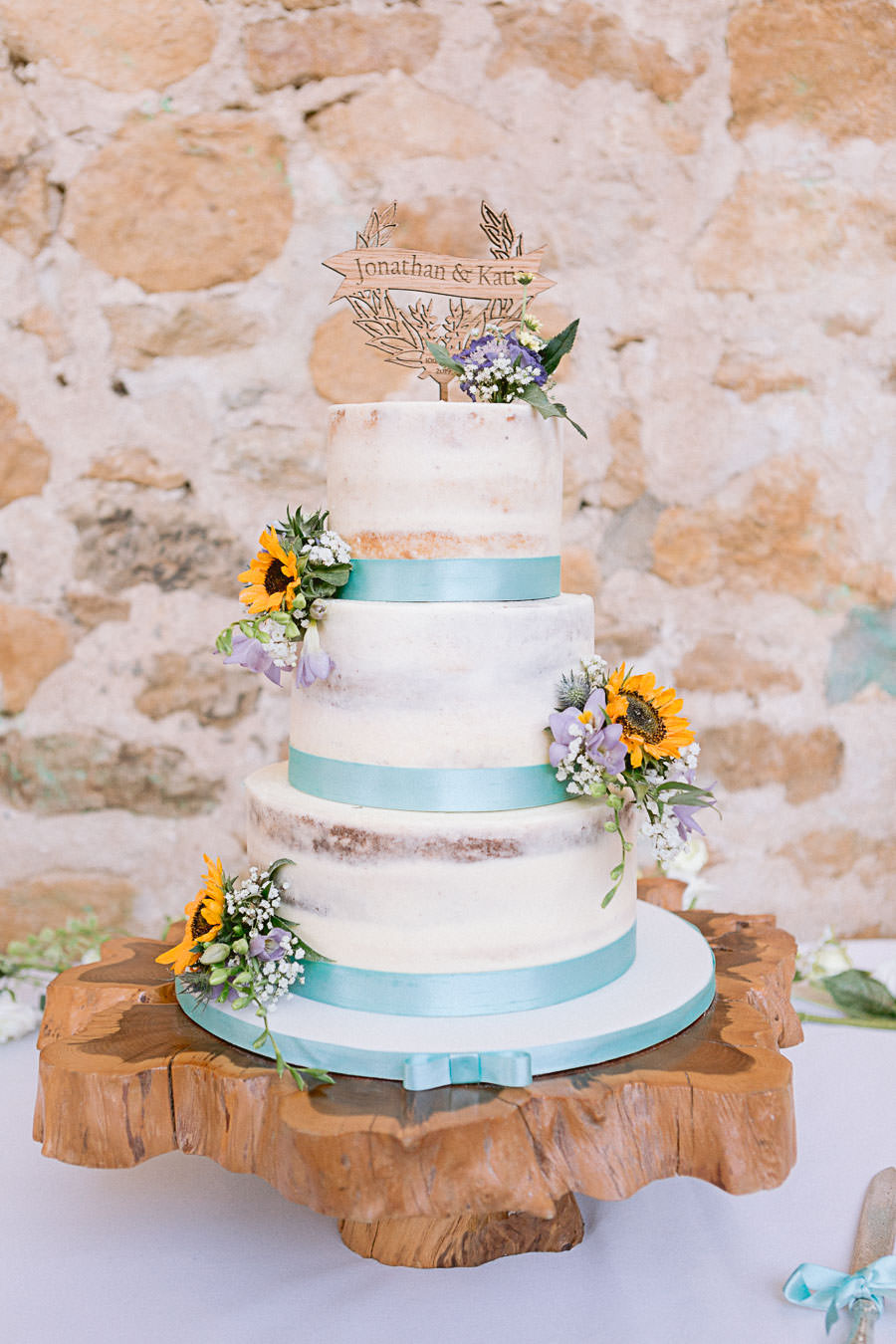 Katie & Jonathan's elegant rustic Unitarian Chapel wedding, with Jennifer Jane Photography (37)