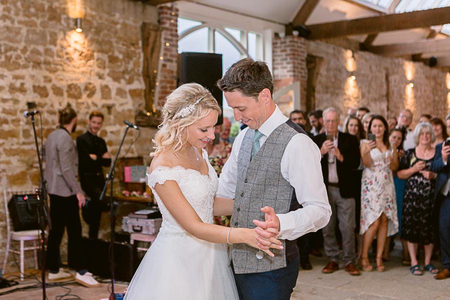 Katie & Jonathan's elegant rustic Unitarian Chapel wedding, with Jennifer Jane Photography (39)