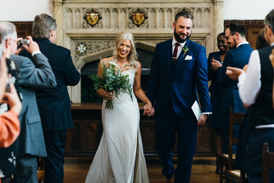 Ally & James's chic and modern museum-to-pub wedding, with Simon Biffen Photography (9)