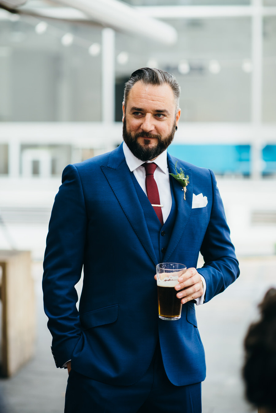 Ally & James's chic and modern museum-to-pub wedding, with Simon Biffen Photography (2)