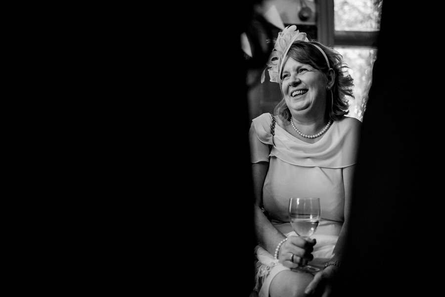 Ally & James's chic and modern museum-to-pub wedding, with Simon Biffen Photography (37)