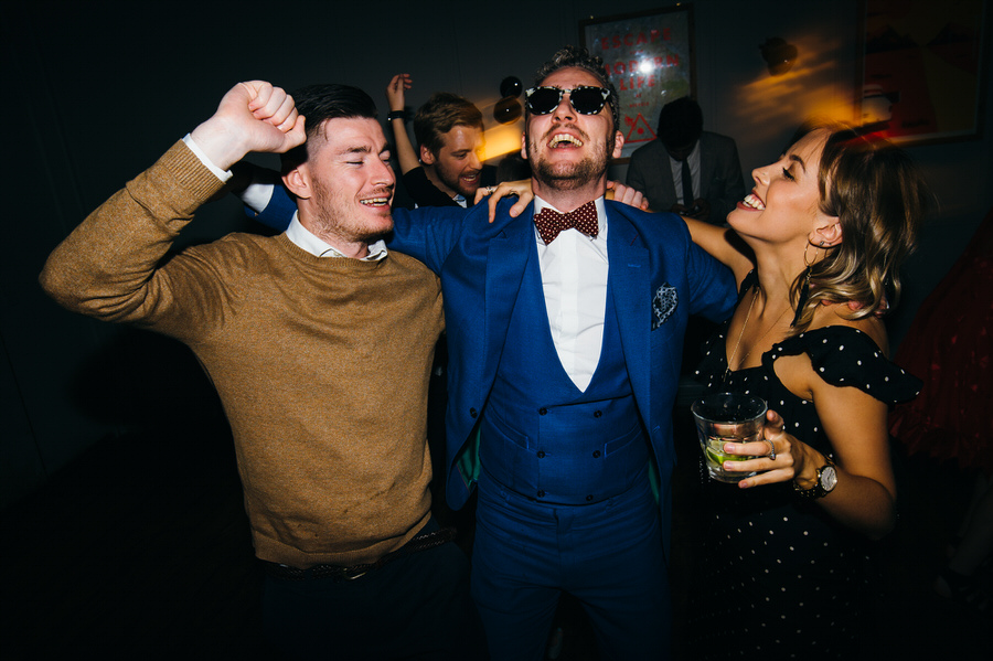 Ally & James's chic and modern museum-to-pub wedding, with Simon Biffen Photography (46)