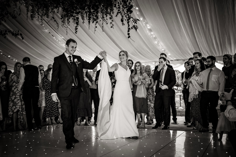 Lottie & Callum's timelessly beautiful wedding at Sopley Lake, with Robin Goodlad Photography (45)