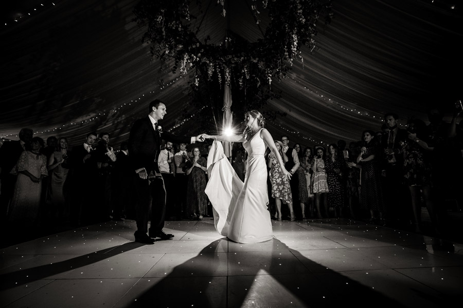Lottie & Callum's timelessly beautiful wedding at Sopley Lake, with Robin Goodlad Photography (46)