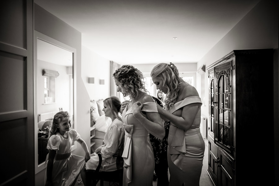 Lottie & Callum's timelessly beautiful wedding at Sopley Lake, with Robin Goodlad Photography (6)