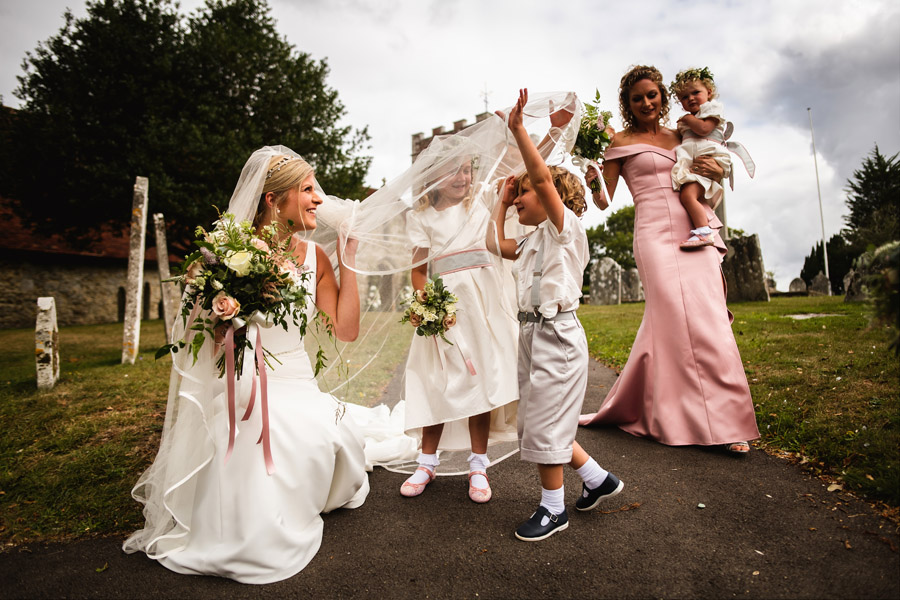 Lottie & Callum's timelessly beautiful wedding at Sopley Lake, with Robin Goodlad Photography (18)