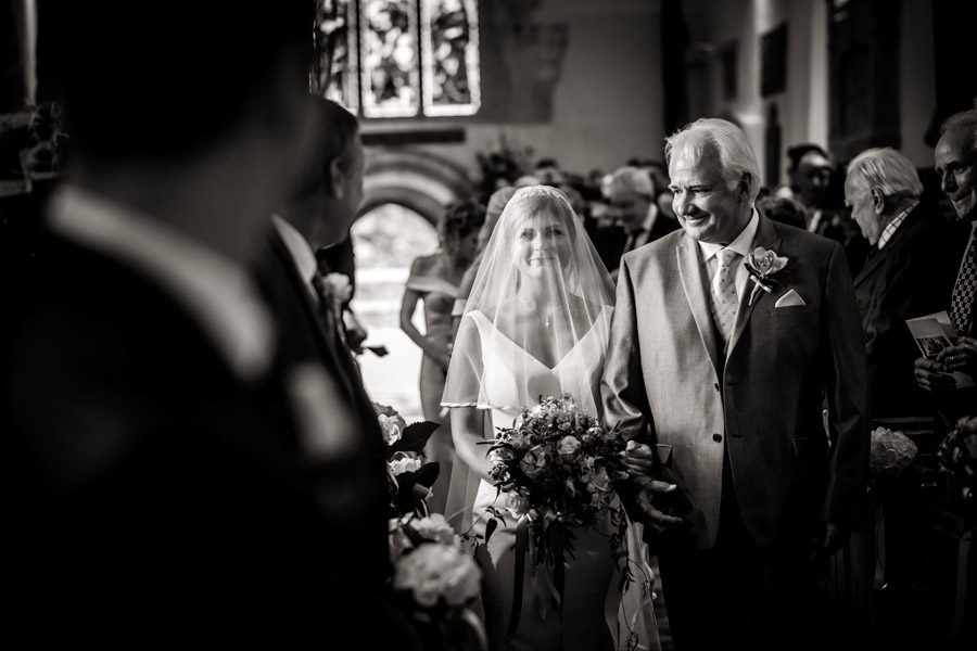 Lottie & Callum's timelessly beautiful wedding at Sopley Lake, with Robin Goodlad Photography (21)