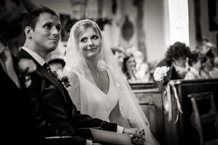 Lottie & Callum's timelessly beautiful wedding at Sopley Lake, with Robin Goodlad Photography (22)