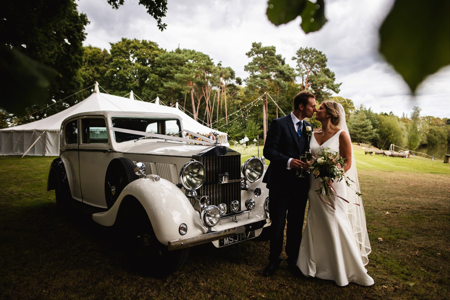 Lottie & Callum's timelessly beautiful wedding at Sopley Lake, with Robin Goodlad Photography (29)