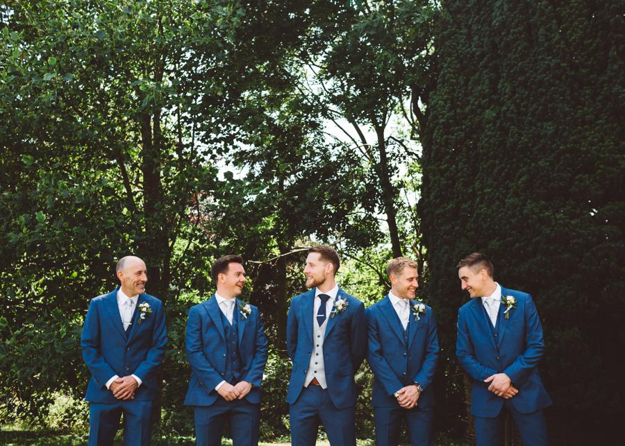 Sarah & Kevin's Mount Ephraim Gardens wedding with Hollie Carlin Photography (12)
