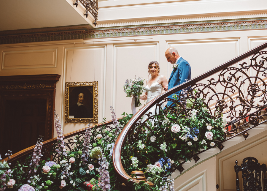 Sarah & Kevin's Mount Ephraim Gardens wedding with Hollie Carlin Photography (18)