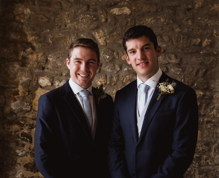 Nicola & Michael's beautiful barn wedding at Stockbridge Farm, with Robin Goodlad Photography (7)