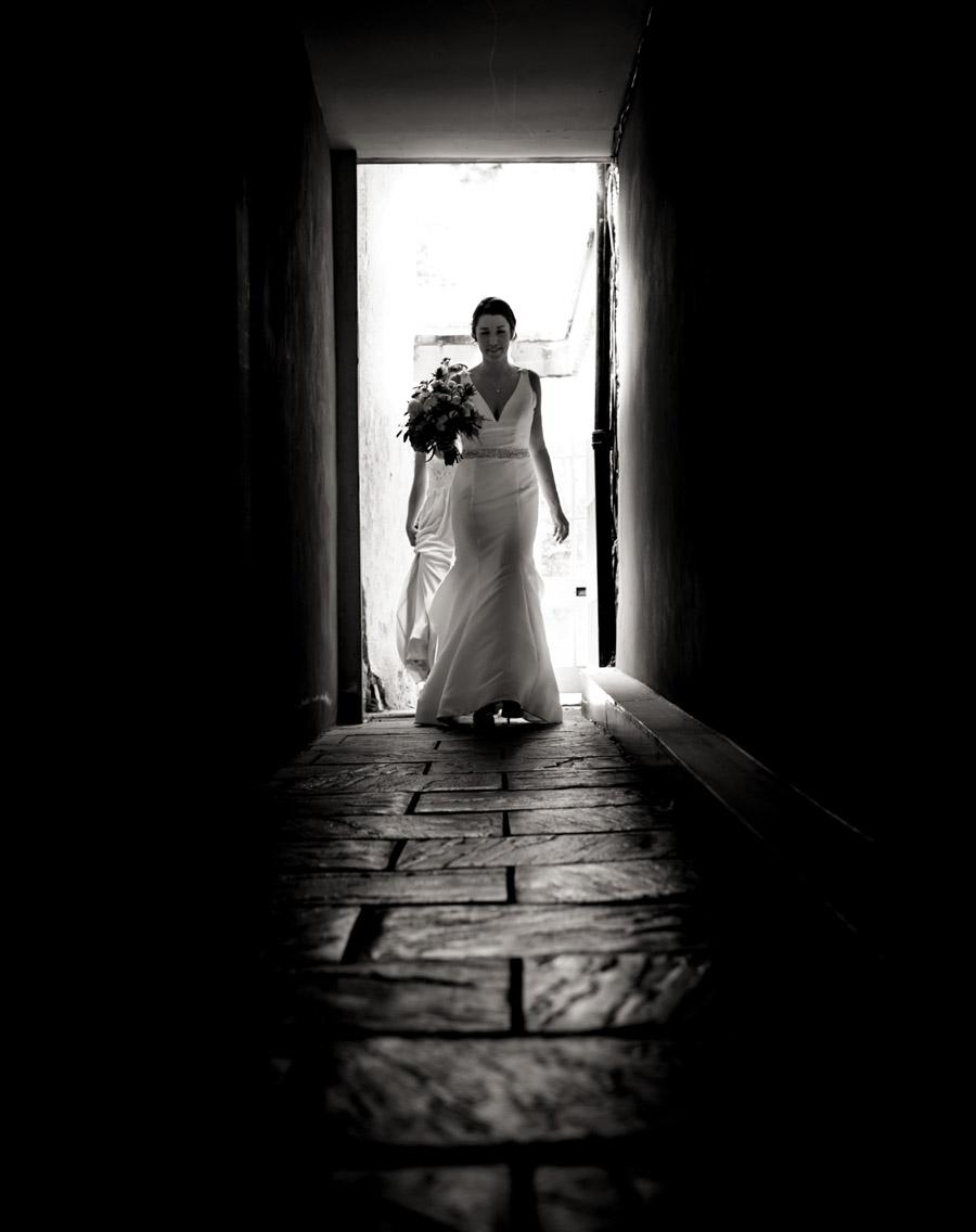 Nicola & Michael's beautiful barn wedding at Stockbridge Farm, with Robin Goodlad Photography (12)