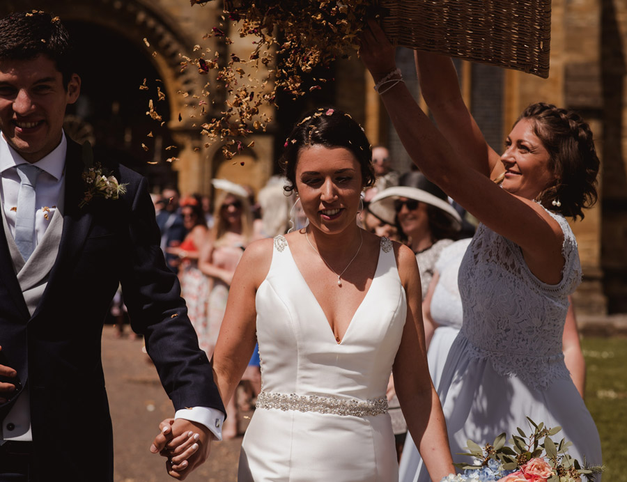 Nicola & Michael's beautiful barn wedding at Stockbridge Farm, with Robin Goodlad Photography (21)