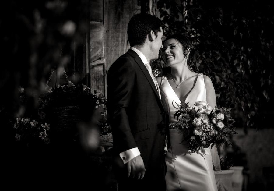 Nicola & Michael's beautiful barn wedding at Stockbridge Farm, with Robin Goodlad Photography (29)