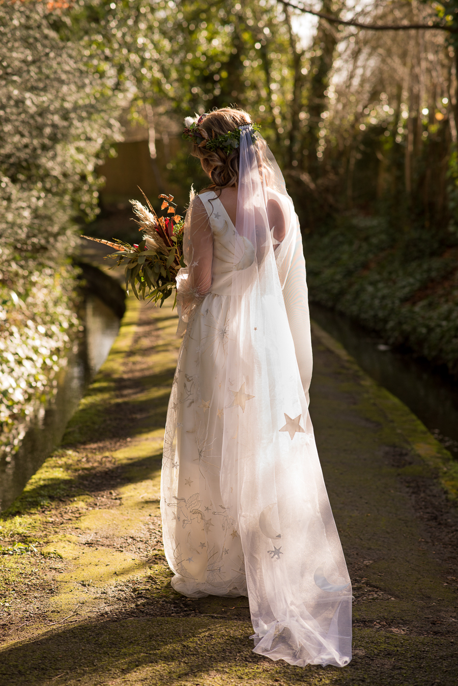 See you at Sunset - a warm autumnal wedding photoshoot with Nicola Belson Photography (8)