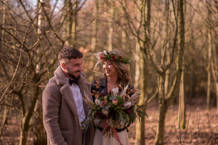 See you at Sunset - a warm autumnal wedding photoshoot with Nicola Belson Photography (12)