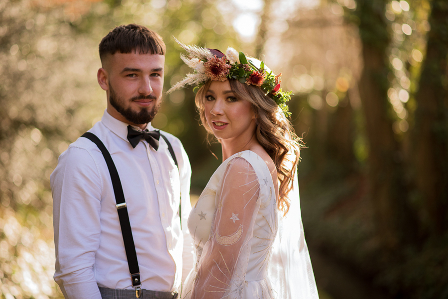 See you at Sunset - a warm autumnal wedding photoshoot with Nicola Belson Photography (2)
