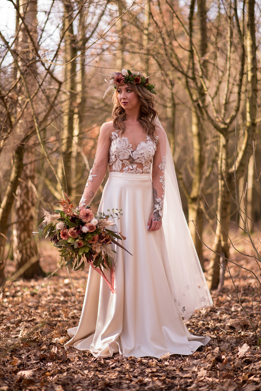 See you at Sunset - a warm autumnal wedding photoshoot with Nicola Belson Photography (14)