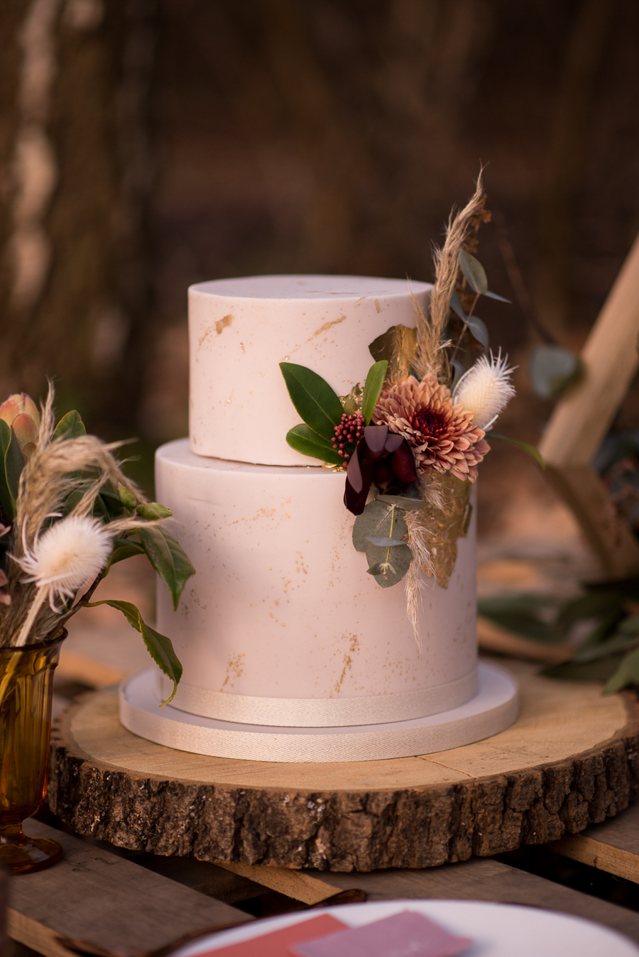See you at Sunset - a warm autumnal wedding photoshoot with Nicola Belson Photography (28)