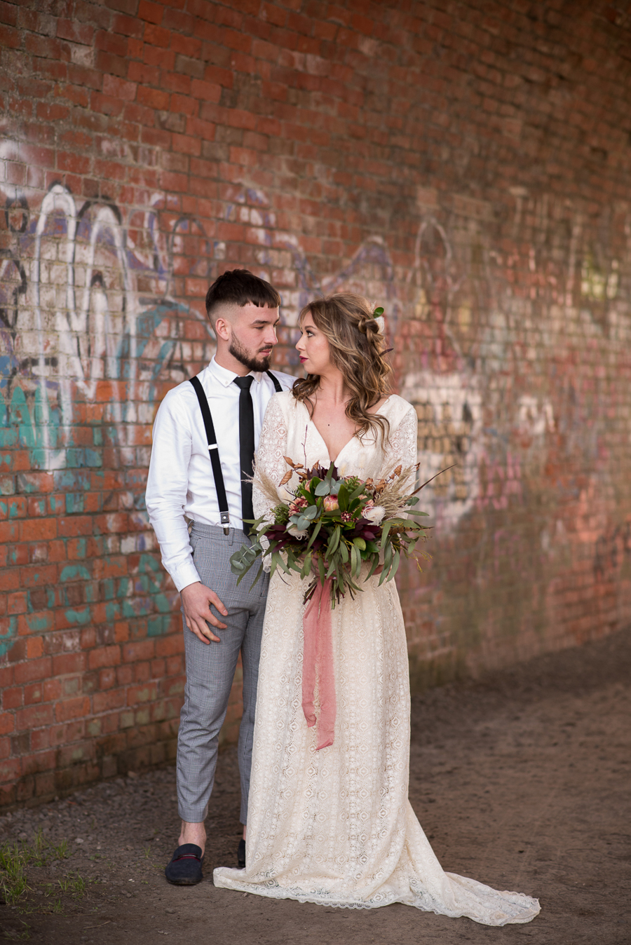See you at Sunset - a warm autumnal wedding photoshoot with Nicola Belson Photography (40)