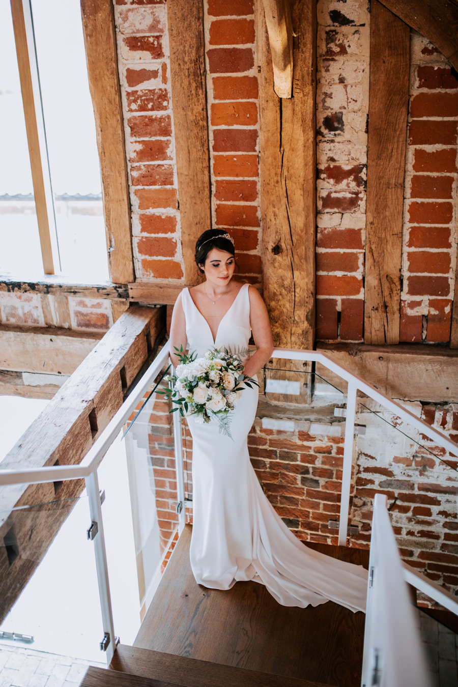 Country Elegance Styled Shoot: The Tudor Barn Belstead (25)