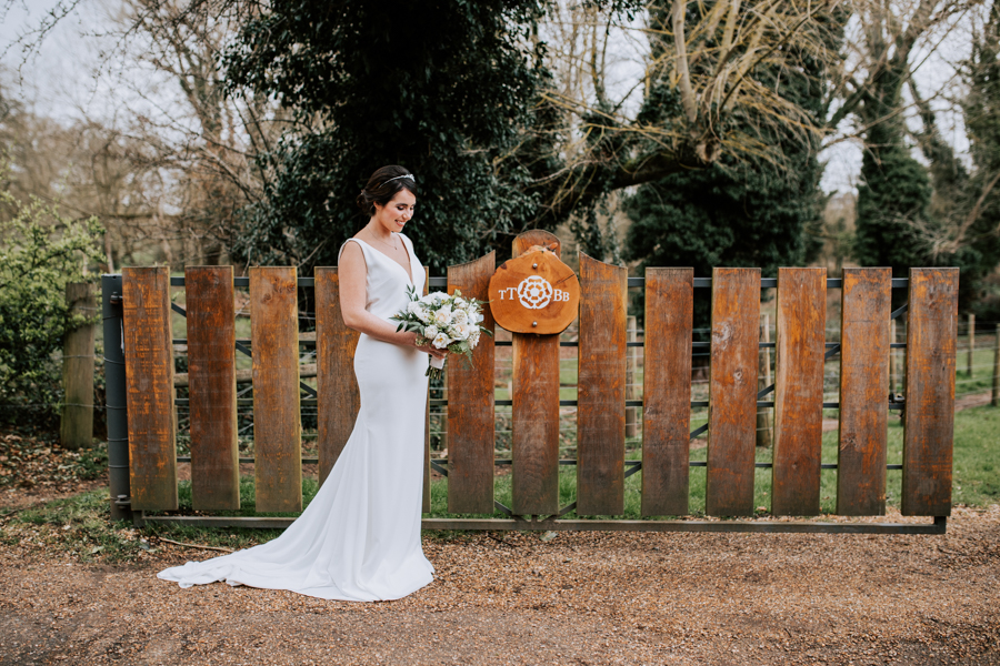 Country Elegance Styled Shoot: The Tudor Barn Belstead (32)