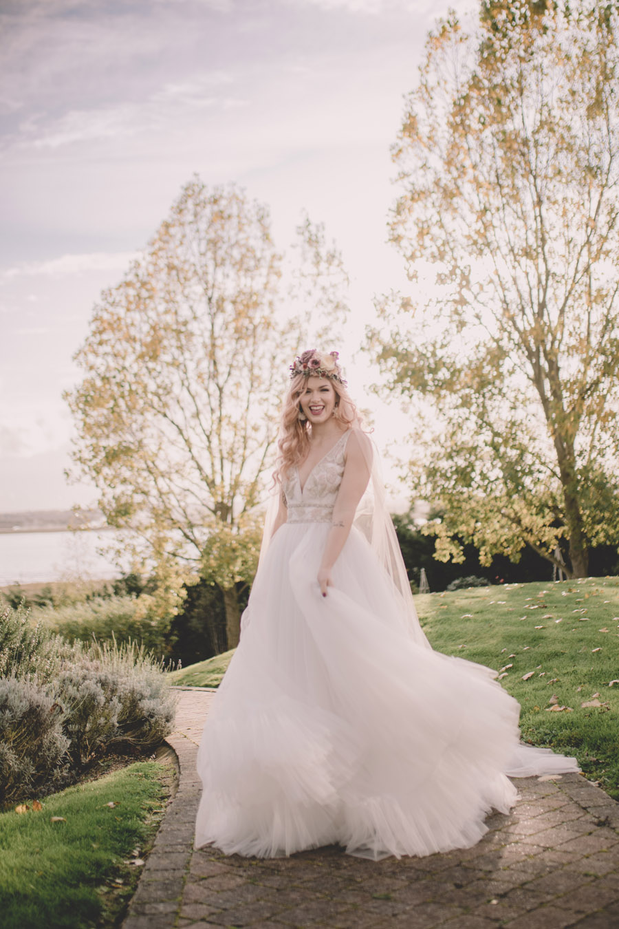 We Found Love! Natural, modern wedding inspiration from The Ferry House with images by Kerry Ann Duffy (16)