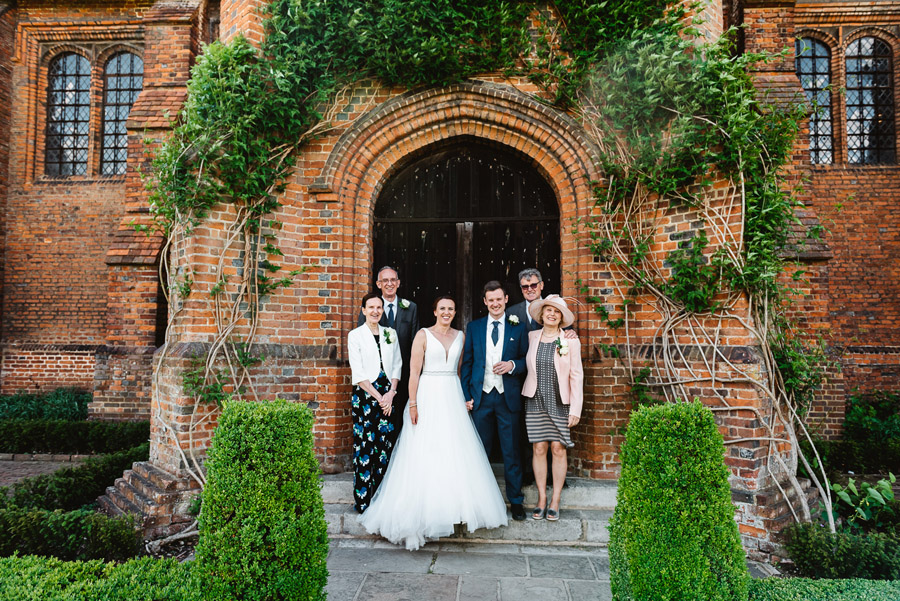 Group photos made easy, wedding photography tips for brides and grooms with Fiona Kelly Photography (4)